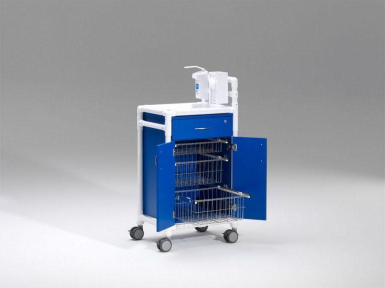 Carro de hospital, cajón con cerradura, dispensador de jabón, dispensador de guantes, 3 cestos extraíbles de rejilla en acero, cuerpo en HPL Resopal