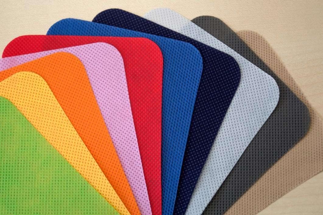 Cortina y tejido de sábanas desechable en polipropileno ignífugo, 3 gramajes